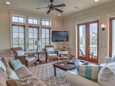Welcome to Joie De Vivre! A beautiful 4 bedroom, 4.5 bath home located in wonderful Seagrove Beach!