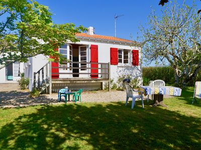 Photo for A real holiday home, 2 steps from Portmain beach