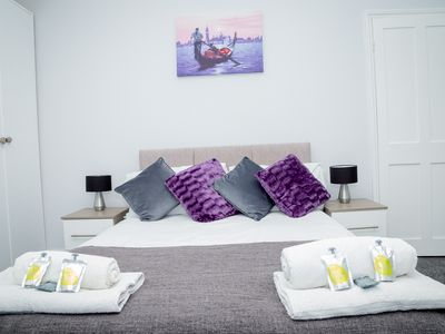 Photo for Immaculate 3 bed child friendly home