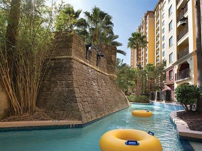 Photo for 3 bedroom deluxe condo in Bonnet Creek resort, bus to Disney parks