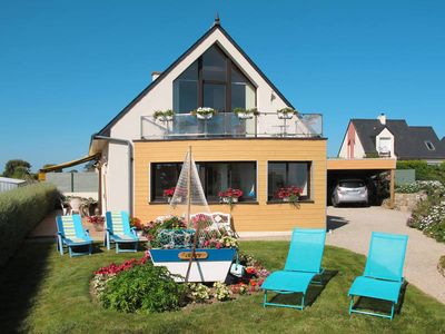 Photo for Vacation home in St. Pol de Leon, Finistère - 6 persons, 3 bedrooms