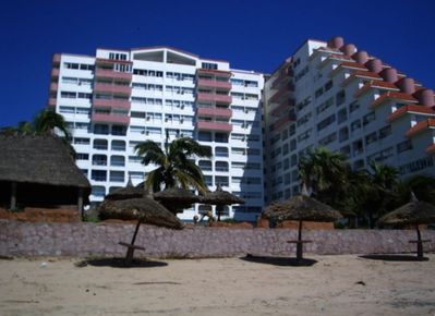 View of Quintas Del Mar from the beach side