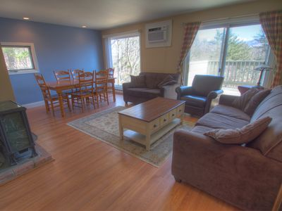 Photo for Stowe 3-bedroom Mountainside Condo in Premium Location
