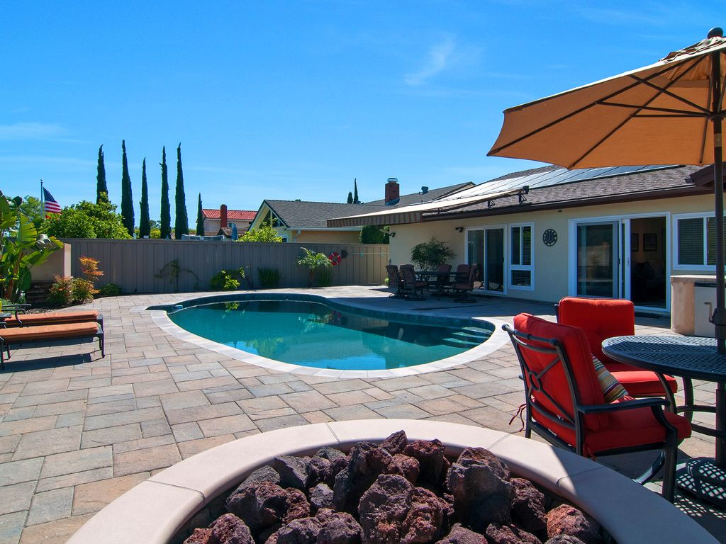 Hilltop heaven with pool in san diego sle homeaway - Clairemont swimming pool san diego ca ...