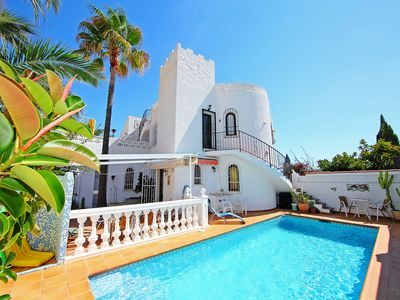 Photo for This 2-bedroom villa for up to 5 guests is located in La Nucia and has a private swimming pool, air-