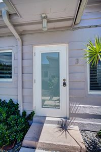 Photo for Modern and Cozy Apt in East Fort Lauderdale - Three