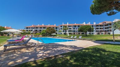 Photo for Beautiful  2 bedroom 2 bathroom apartment in Vila Sol near to golf & beaches