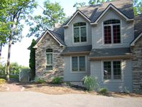 Contemporary, comfortable, clean home in Lake Harmony, Pa