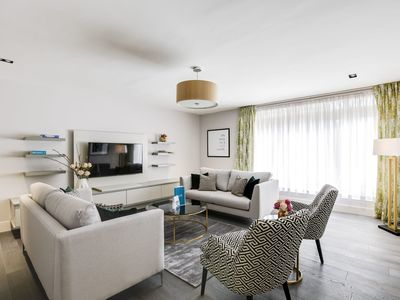 Photo for Village in the City - Four Bedroom Apartment, Sleeps 10
