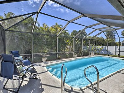 Photo for NEW! Updated House w/ Lanai <10 Min From Downtown!