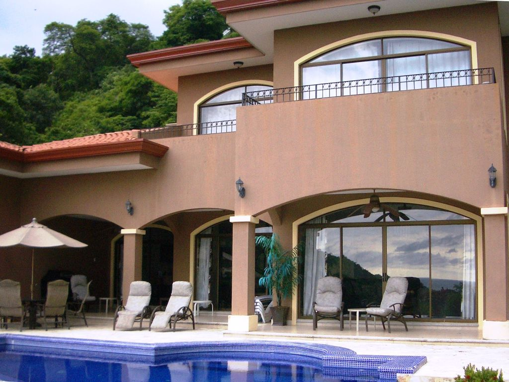 Casa aguas ocean view infinity pool parfait pour 4 couples playa hermosa location de - Apartamentos para parejas ...