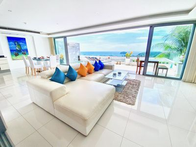 Photo for Luxury Sea View Room with Jacuzzi near Beach
