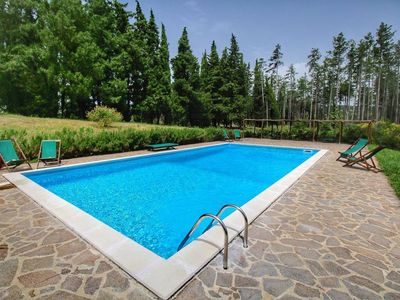 Photo for Charming recently renovated Apt 3bd/2bt in Tuscan countryside w shared pool