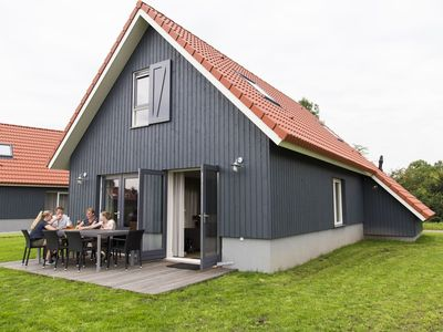 Photo for Cosy apartment for 8 people with WIFI, TV and parking