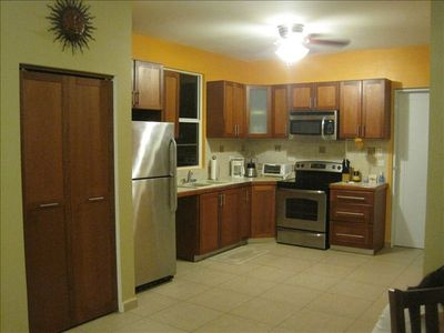 FULL KITCHEN WITH ALL NEW GE S/S APPLIANCES, COFFEE MAKER,BLENDER, TOASTER, ETC