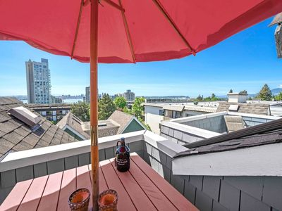 Photo for Trendy Lower Lonsdale Townhouse - 5 Minutes from Downtown-Bound Seabus!