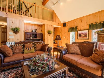 Photo for 3BR, Fire Pit, 2 Living Areas, Mins to App Ski Mtn, Close to Blowing Rock, Boone, Tweetsie, BR Parkway