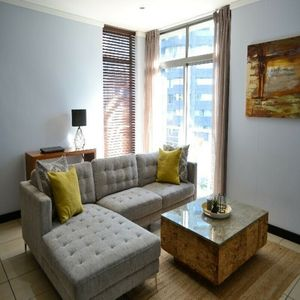 Photo for 1BR Apartment Vacation Rental in Cape Town City Centre