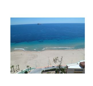Photo for Beautiful apartment of 115 m2, facing the sea, with incredible views. Central.
