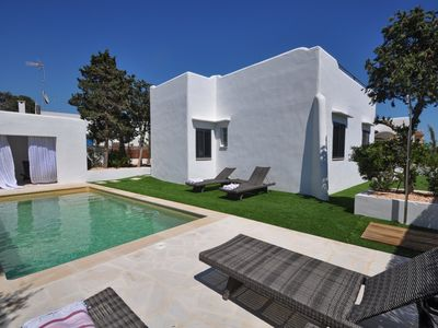 Photo for idyll. Dream house in best location of Cala Figuera with sea views, heated. Pool, A / C
