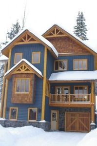 Photo for Chalet at Kicking Horse Mountain Resort