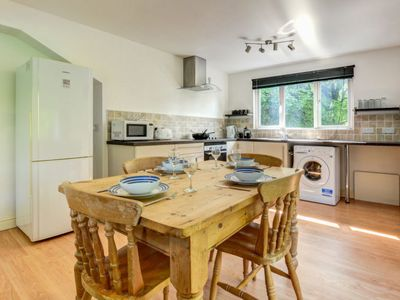Photo for Apartment High Apartment in Looe - 5 persons, 2 bedrooms