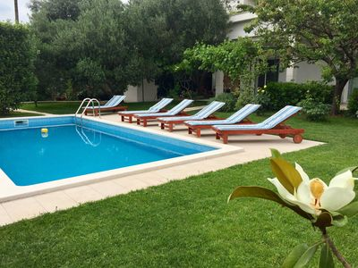 Photo for Luxury family-friendly apartment with private pool, 10 min drive to center Split