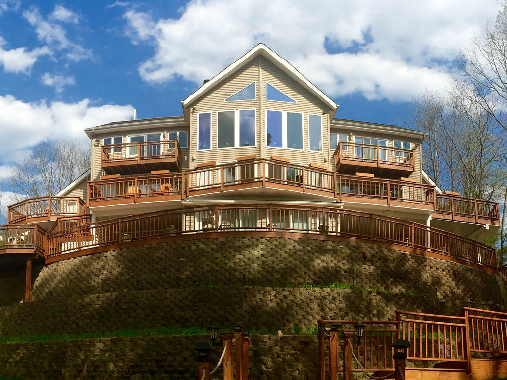 Terrace on the Lake, Spectacular Large Home... - VRBO