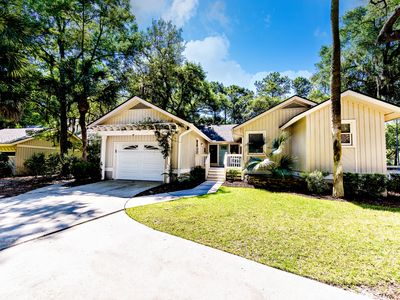 Photo for Lagoon View, New Pool, Completely Remodeled Palmetto Dunes Home