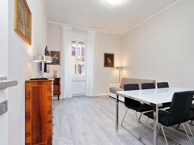 Photo for Beautiful, renovated three-bedroom apartment in Rome