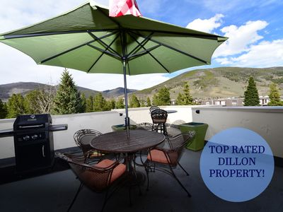 Photo for Escape to the Mountain Lake! Garage - Grill - Fireplace - Hot Tub - In Town!
