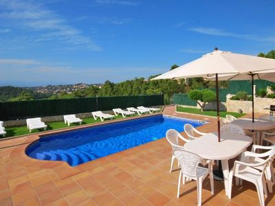 Photo for Club Villamar - Spacious holiday apartment in a villa, with private pool close to Lloret de Mar, ...