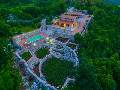 Photo for Enchanting stone villa with pool near Makarska