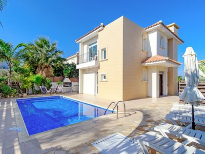 Photo for Omega Villa - Detached Villa with Private Pool just 200 meters from the Sea-front of De Costa Bay! - Free WiFi