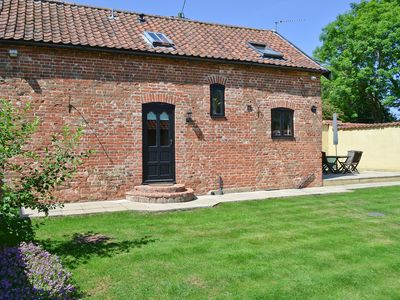2 bedroom accommodation in Great Ellingham, near Attleborough