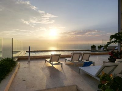 Photo for Sea view luxury apartment in Bocagrande, Cartagena, Colombia.