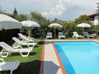 Photo for Apartment Residence Argentina (LAZ141) in Lazise - 4 persons, 2 bedrooms