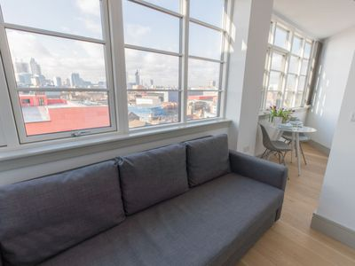 Photo for Shadwell Apartment, Sleeps 2 with WiFi