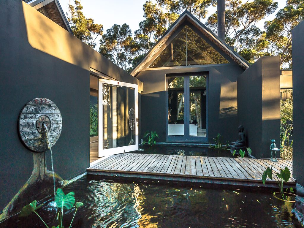 Luxury Serviced Private Estate Well HomeAway Hout Bay - And architectural cottages on secluded private pond homeaway