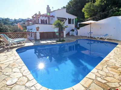 Photo for Vacation home in Bagur (Gerona), Costa Brava - 8 persons, 4 bedrooms