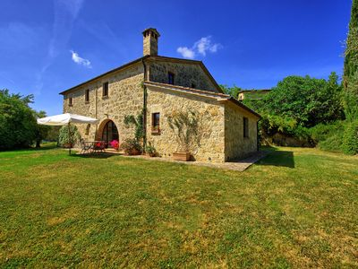 Photo for Villa in Sarteano with 10 bedrooms sleeps 20