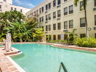 Photo for Remodeled Tropical Private Condo with Pool View 2 Blocks from Beach