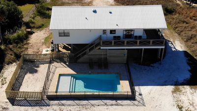 Private Heated Pool, Pet-Friendly, Waterfront with easy beach access, New Pier!