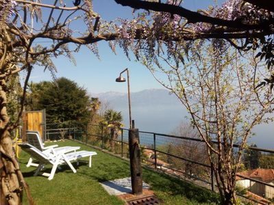 Photo for Spacious 3½-room apartment with beautiful sun garden and view of the lake
