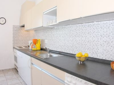 Photo for Apartment Castel with sea view for 5 persons in Porec, top location, near the sea