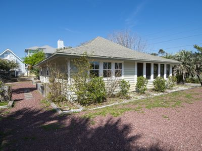 "Photo for Blue Mountain Beach- Beach Bungalow- Pet Friendly! ""Beasley Beach House"""
