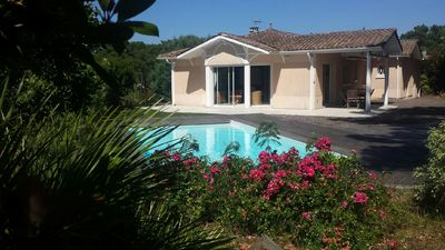 Photo for Pyla sur Mer Beautiful Villa 4 bedrooms with pool ideally located in a quiet