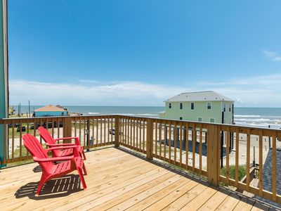 Gorgeous water views from multiple decks & very close beach access!