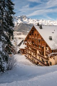 Photo for Oisans - Massif des Rousses: Comfortable T4 at the foot of the slopes in Oz-en-Oisans