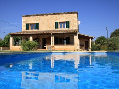 Photo for Traditional and charming stone house in the countryside, private pool